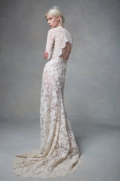 Isabella lace wedding dress by Samuelle Couture