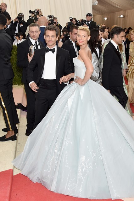 hugh-dancy-clare-danes-vogue-Zac Posen