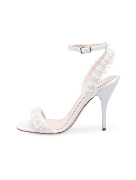 Oscar de la Renta bridal shoes