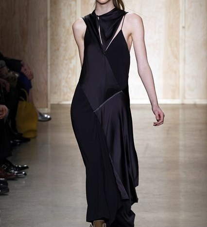 DKNY A/W 16 | Photo: InDigital | Source: Vogue.com