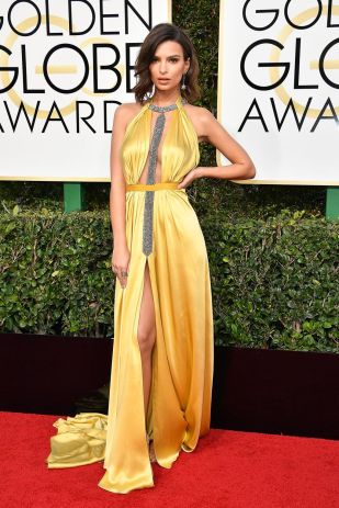 Emily Ratajkowski in her yellow dress at 2017 Golden Globes