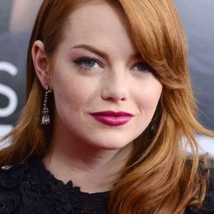 Emma Stone Beauty Moments 40's vibe