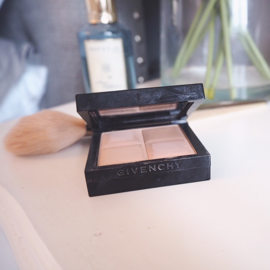 Givenchy Powder