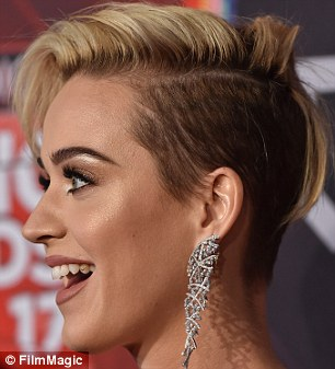 Katy Perry new haircut
