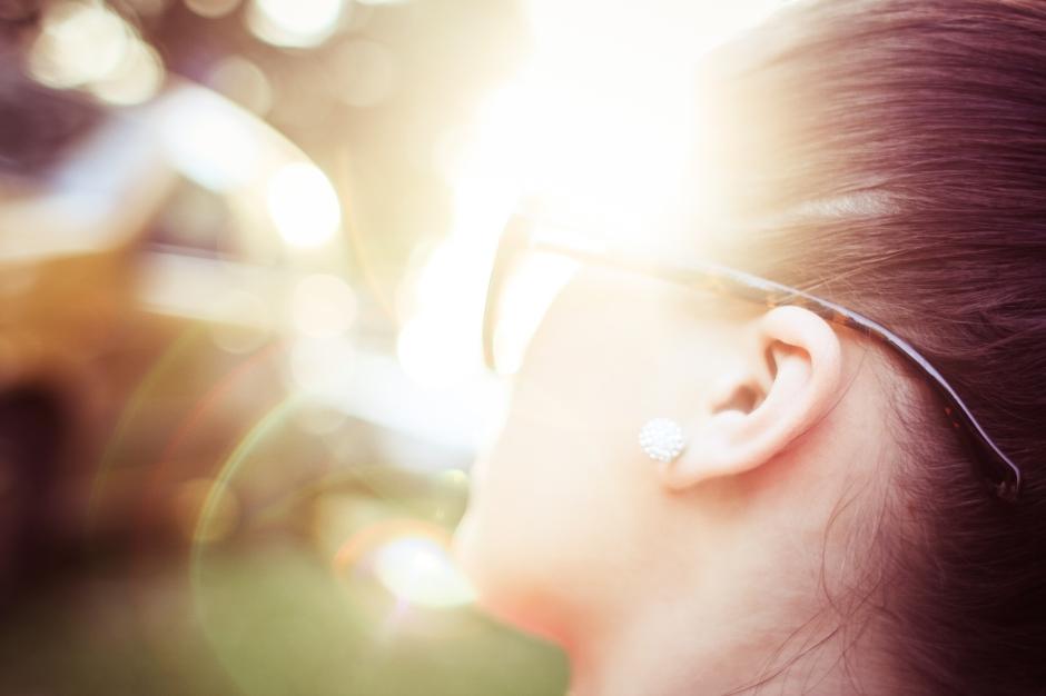 sunlight-abstract-bokeh-girl-picjumbo-com.jpg