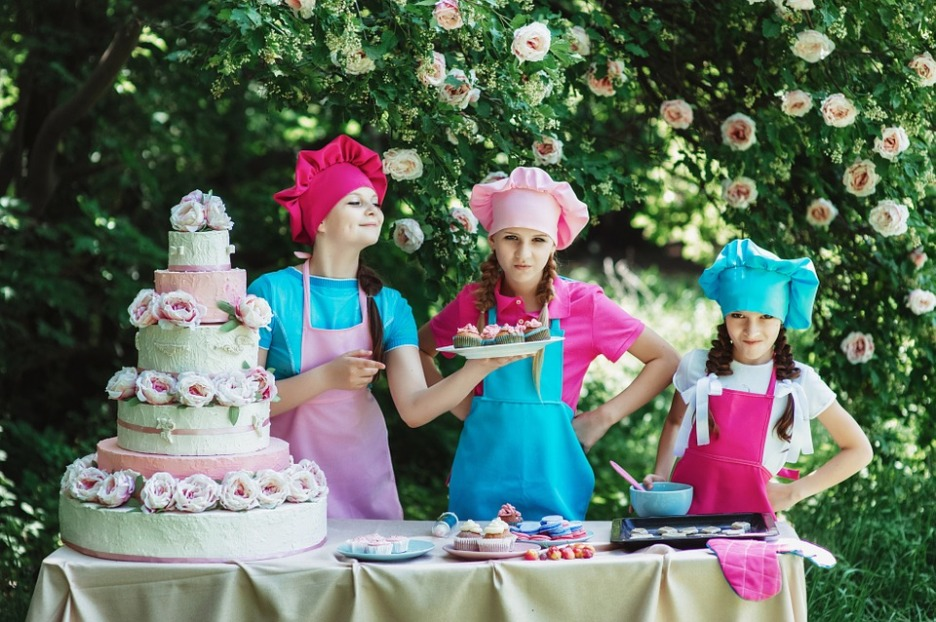 Candy cake and kids
