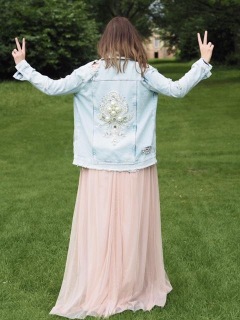 alternative bridesmaid style