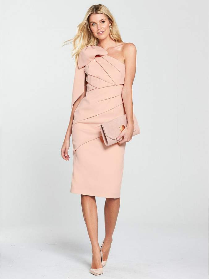 wedding guest outfit for less than £100